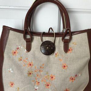 Ann Klein summer embroidered handbag purse